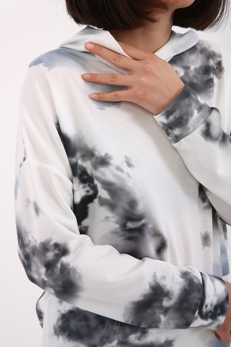 Batik Baskılı Sweat