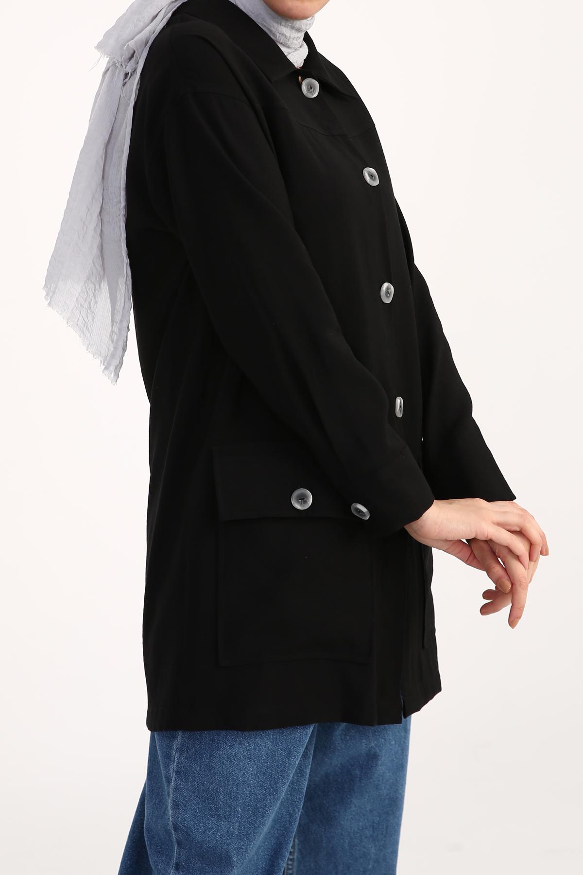 Cep Detaylı Düğmeli Ceket