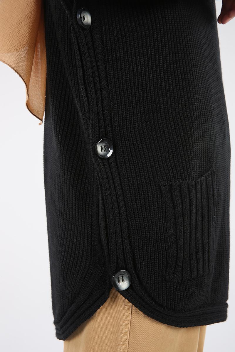 Düğme Detaylı Boğazlı Cepli Panço