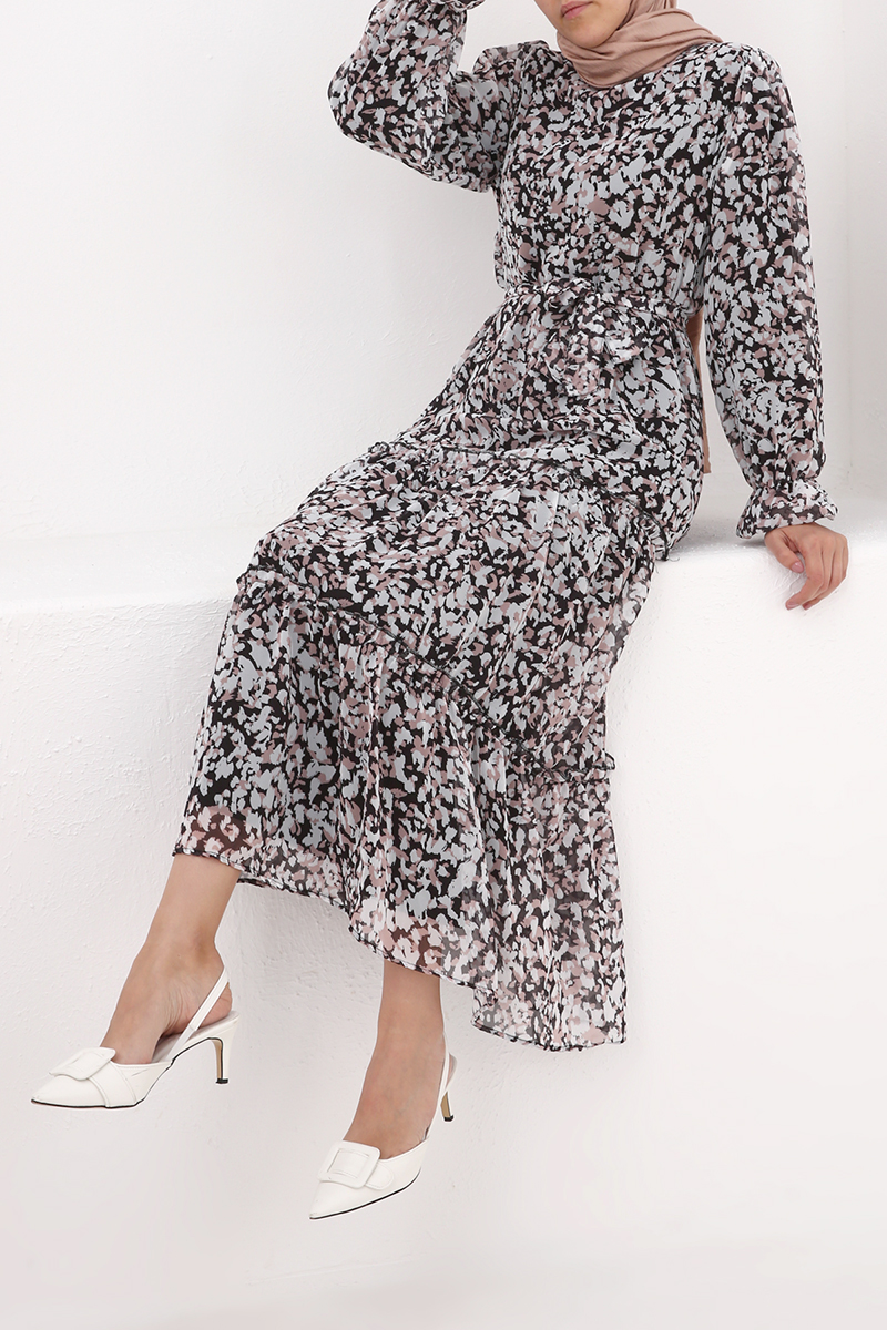 Fırfırlı Kuşaklı Desenli Elbise