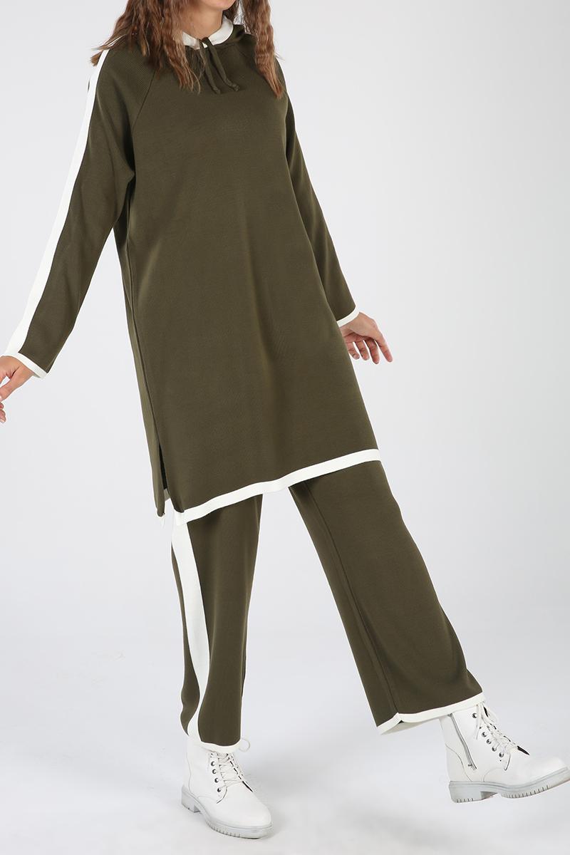 Kapüşonlu Garnili Pantolonlu İkili Takım