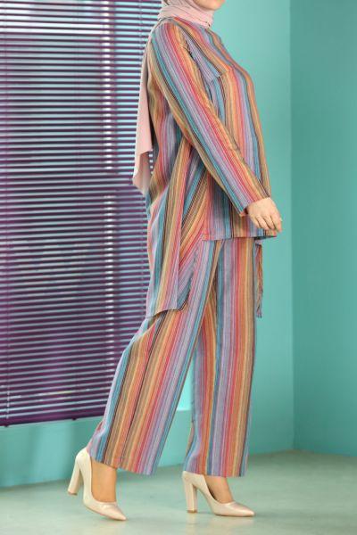 Çizgili Pantolonlu İkili Takım