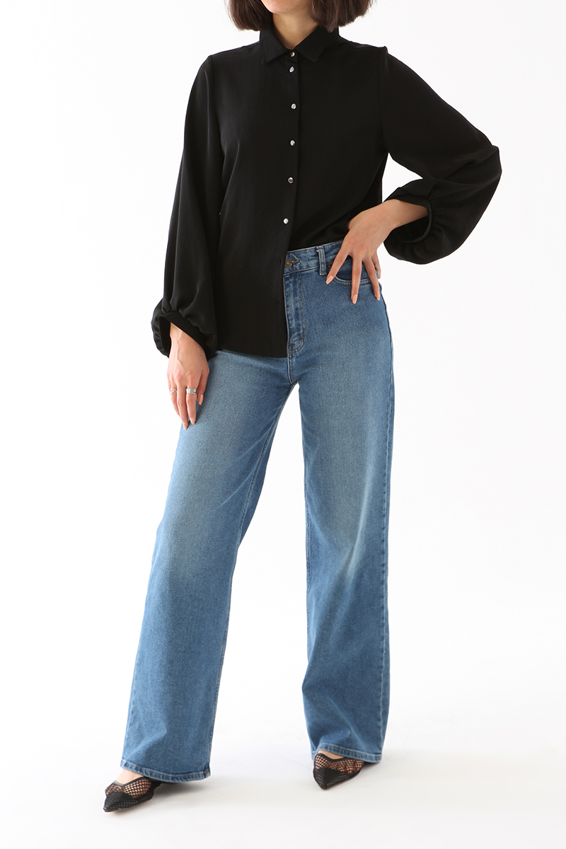 Kol Büzgü Detaylı Bluz