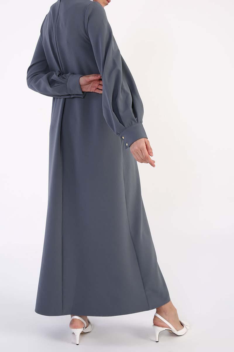 Kolları Pileli Kolyeli Elbise