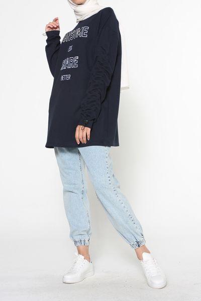 Kol Lastikli Nakışlı Sweatshirt