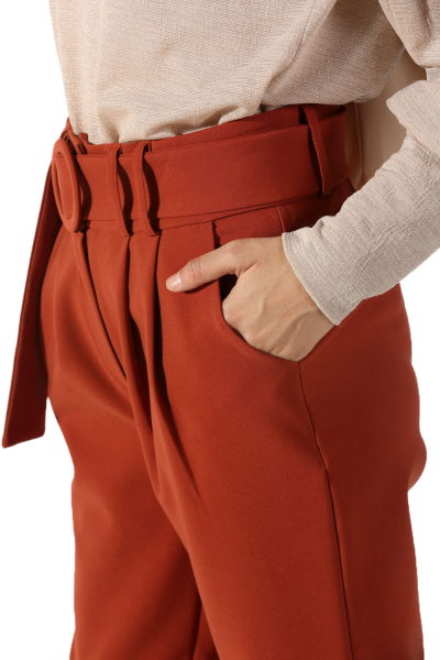 Pileli Kemerli Yüksek Bel Pantolon