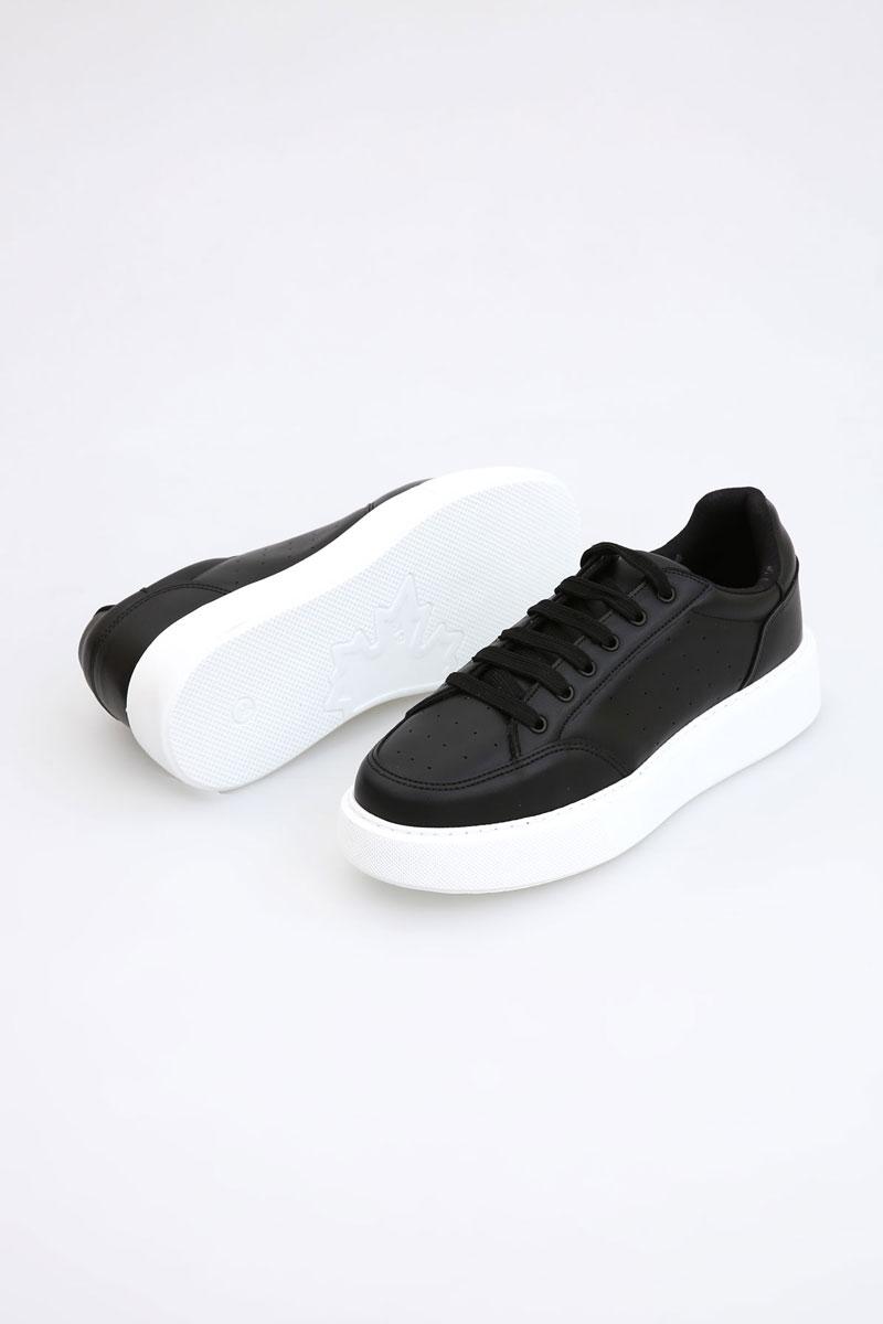 Rahat Tabanlı Bağcıklı Spor Ayakkabı
