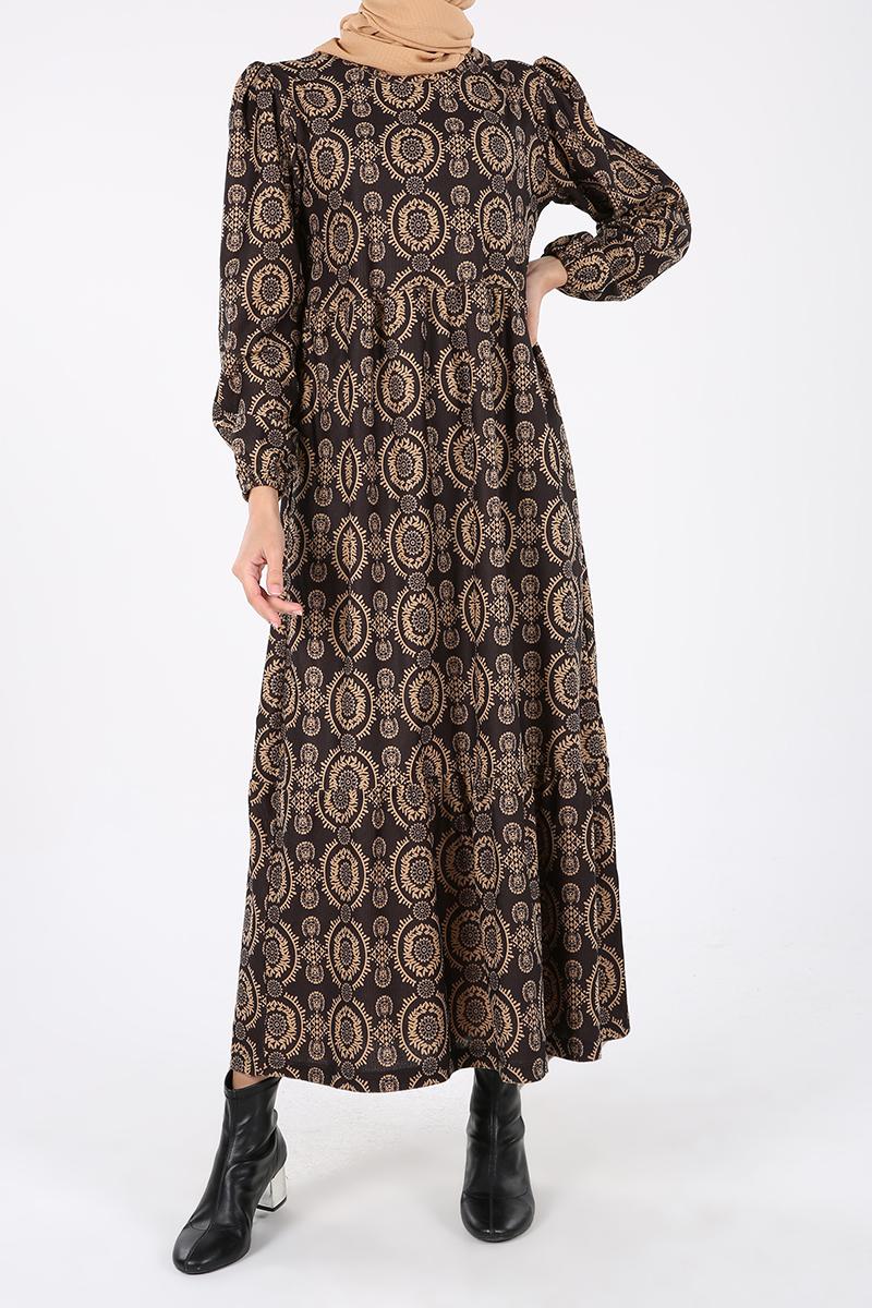 Bel Büzgülü Şal Desenli Triko Elbise