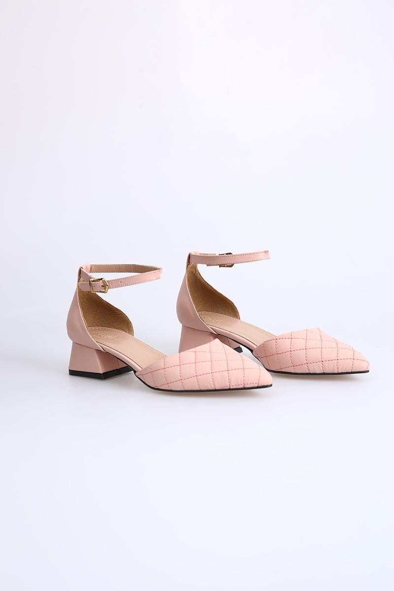 Sivri Burun Topuklu Ayakkabı