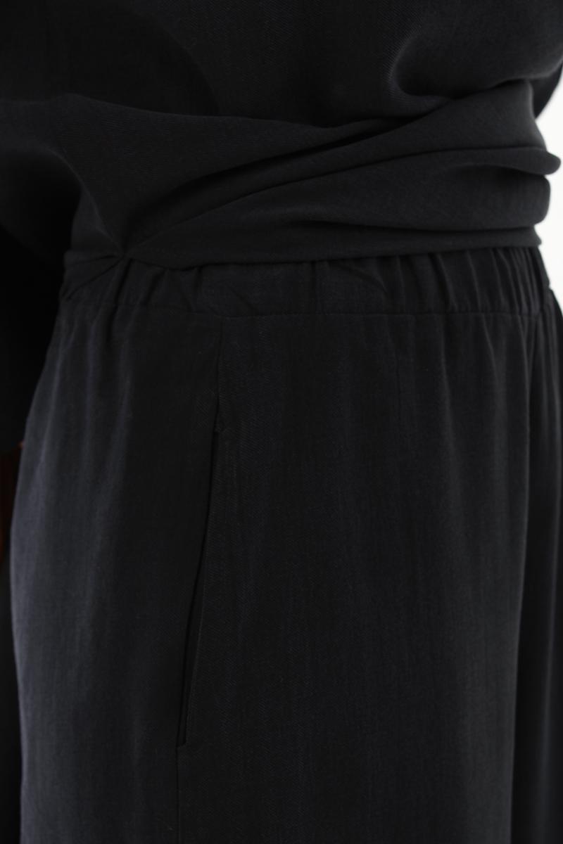 Kolyeli Pantolonlu Takım