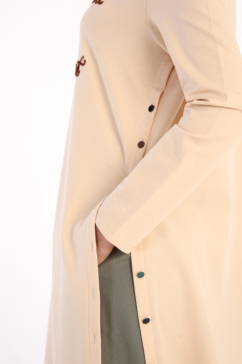 Renkli Düğmeli Nakışlı Tunik