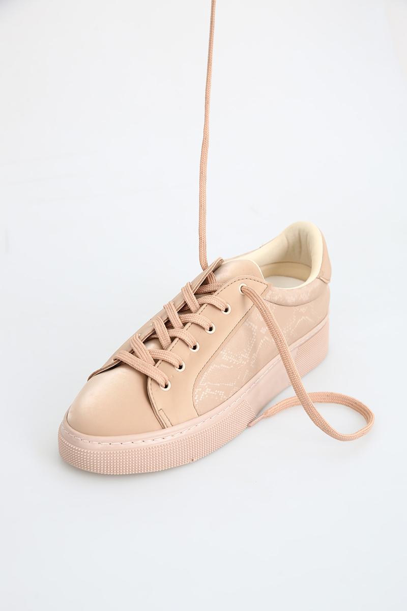Yılan Derisi Görünümlü Spor Ayakkabı
